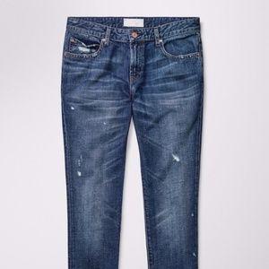 Aritzia The Castings Slim Boyfriend Jeans Size 24